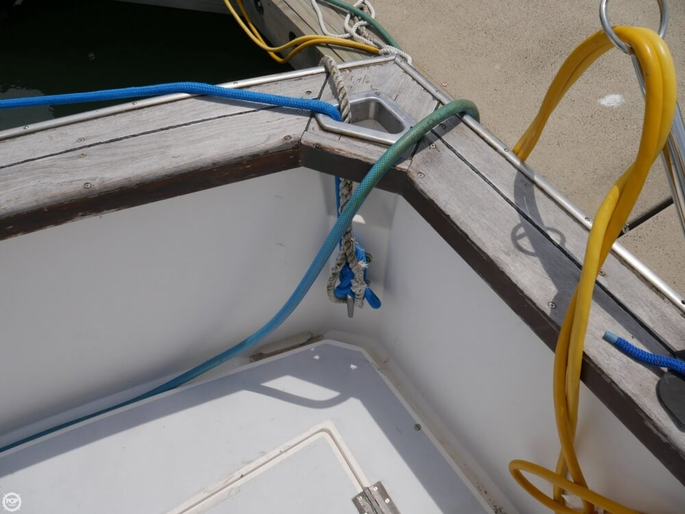 1988 Cape Dory boat for sale, model of the boat is Offshore 36 Flybridge Cruiser & Image # 24 of 40