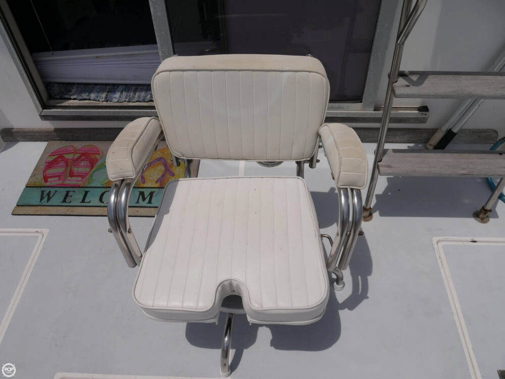 1988 Cape Dory boat for sale, model of the boat is Offshore 36 Flybridge Cruiser & Image # 32 of 40