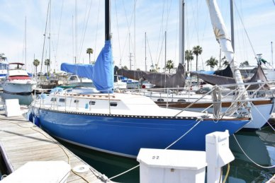 Islander 36, 36', for sale - $20,900