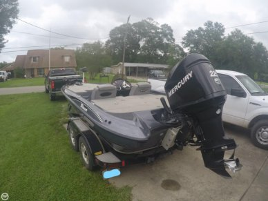 Triton TR200, 20', for sale - $21,500