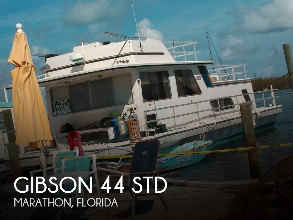 Used GIBSON Houseboats For Sale by owner | 1987 Gibson 44