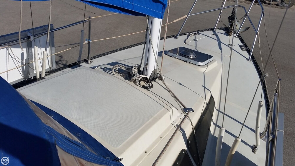1985 Lancer Boats boat for sale, model of the boat is 27 & Image # 24 of 40