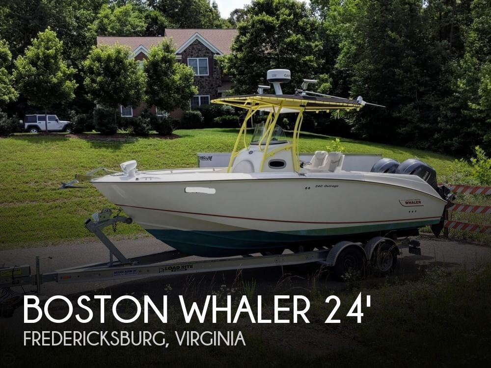 2004 Boston Whaler boat for sale, model of the boat is 240 Outrage & Image # 1 of 40