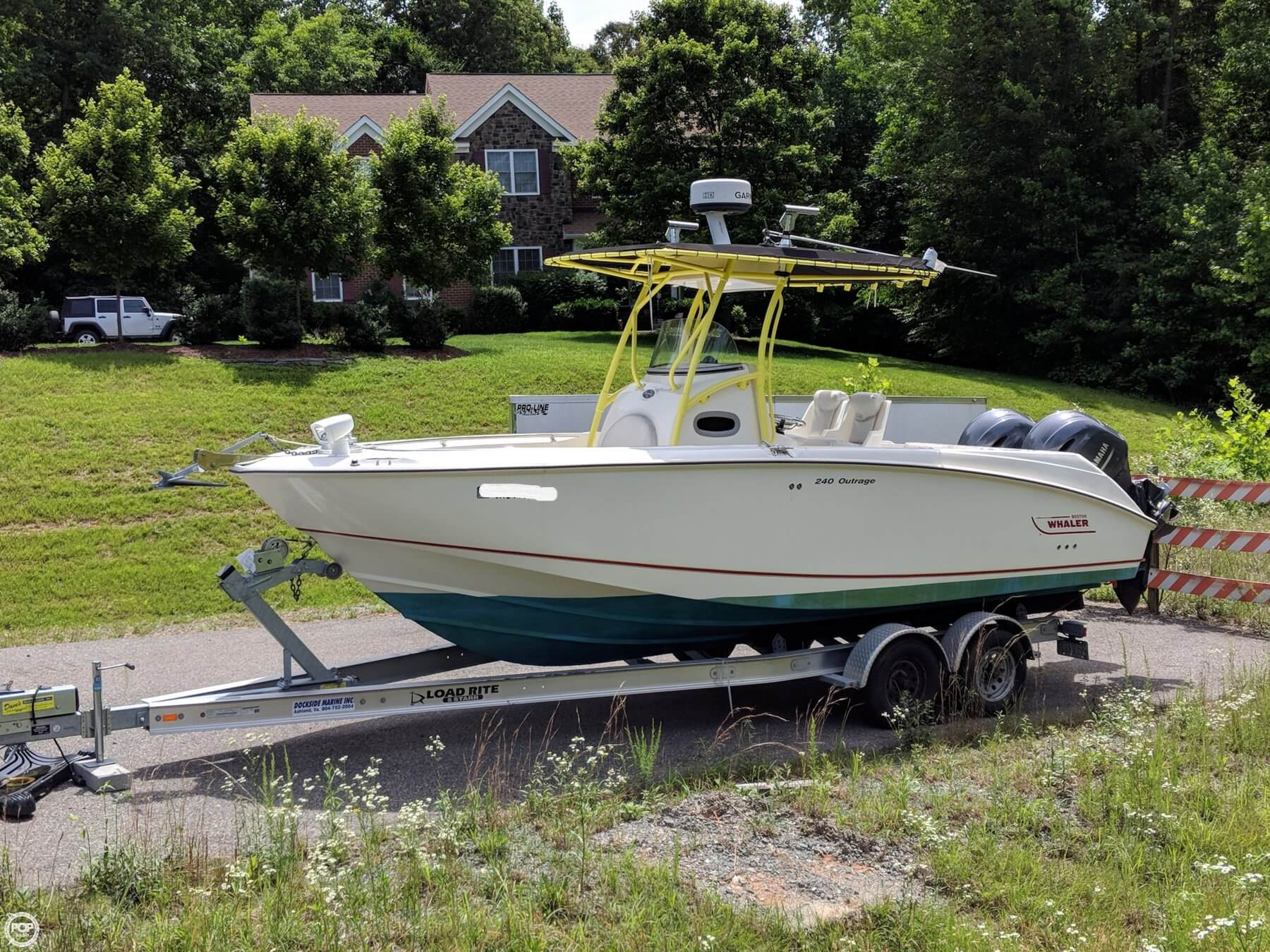 2004 Boston Whaler 240 Outrage For Sale
