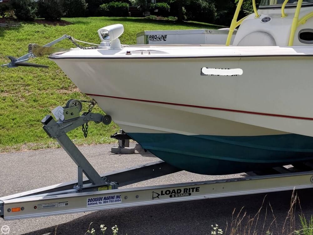 2004 Boston Whaler boat for sale, model of the boat is 240 Outrage & Image # 3 of 40
