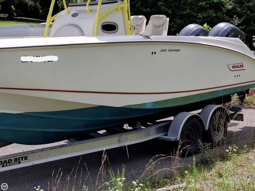 2004 Boston Whaler boat for sale, model of the boat is 240 Outrage & Image # 4 of 40