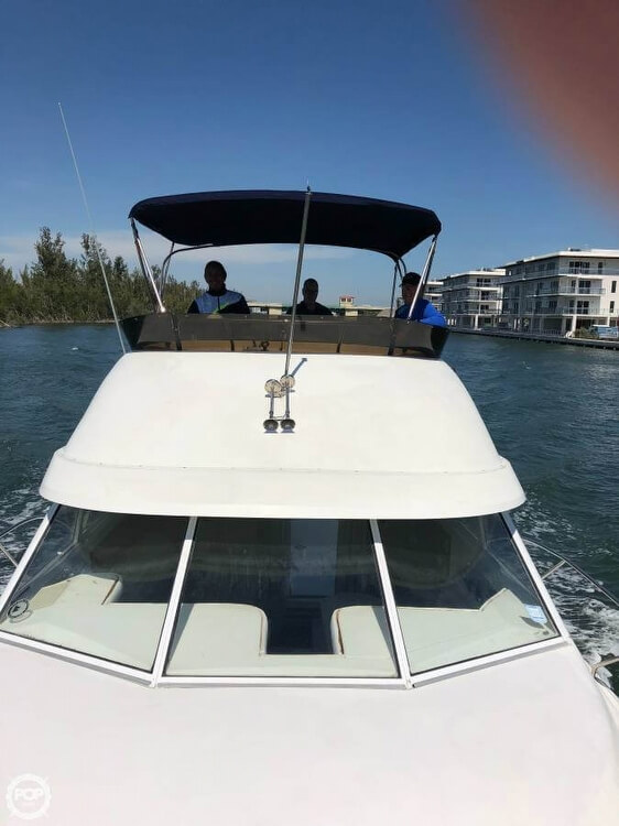 1995 Silverton boat for sale, model of the boat is Convertible 34 & Image # 14 of 40