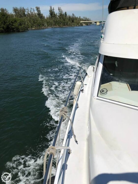 1995 Silverton boat for sale, model of the boat is Convertible 34 & Image # 15 of 40