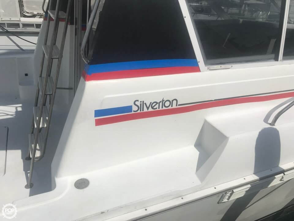 1995 Silverton boat for sale, model of the boat is Convertible 34 & Image # 4 of 40