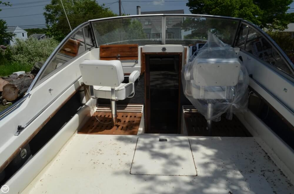 1982 Formula boat for sale, model of the boat is 26 SC Express & Image # 39 of 40