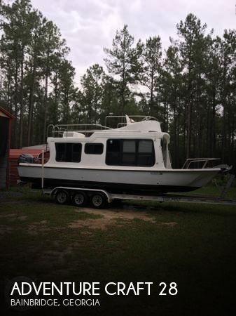 Used Houseboats For Sale in Georgia by owner | 2001 Adventure Craft 28