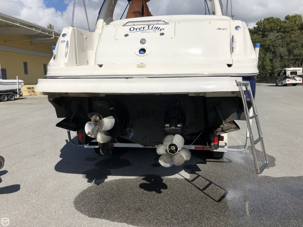 2005 Sea Ray boat for sale, model of the boat is 300 Sundancer & Image # 30 of 40
