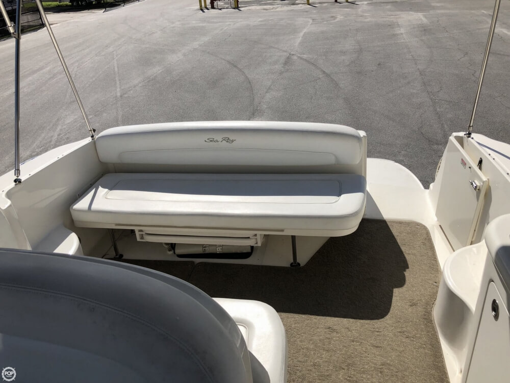 2005 Sea Ray boat for sale, model of the boat is 300 Sundancer & Image # 9 of 40