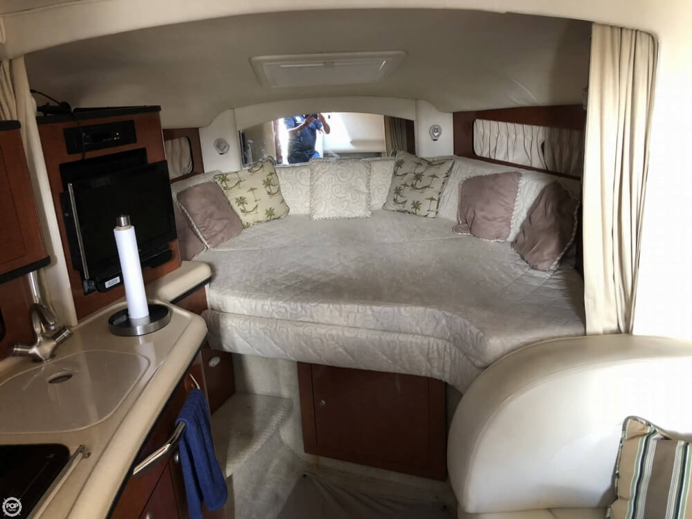 2005 Sea Ray boat for sale, model of the boat is 300 Sundancer & Image # 7 of 40