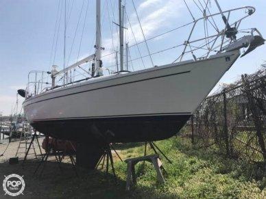 Ericson Yachts 38-200, 37', for sale - $44,500