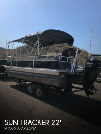 Used Pontoon Boats For Sale in Arizona by owner | 2015 Sun Tracker 22