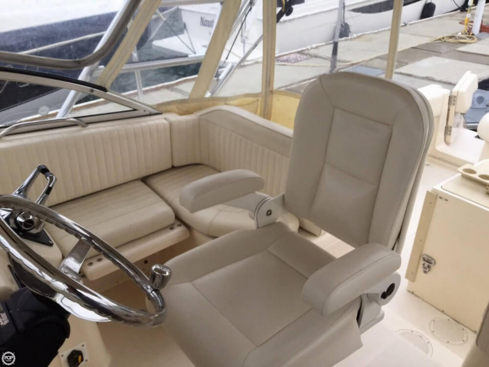 2006 Grady-White boat for sale, model of the boat is 330 Express & Image # 8 of 40