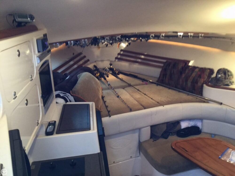 2006 Grady-White boat for sale, model of the boat is 330 Express & Image # 14 of 40