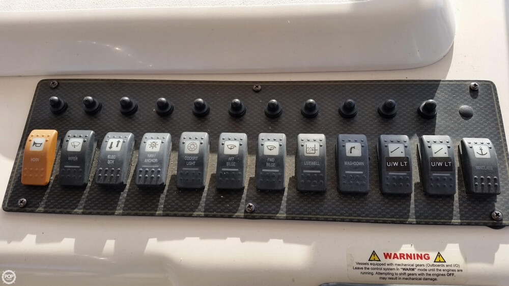 2006 Grady-White boat for sale, model of the boat is 330 Express & Image # 32 of 40