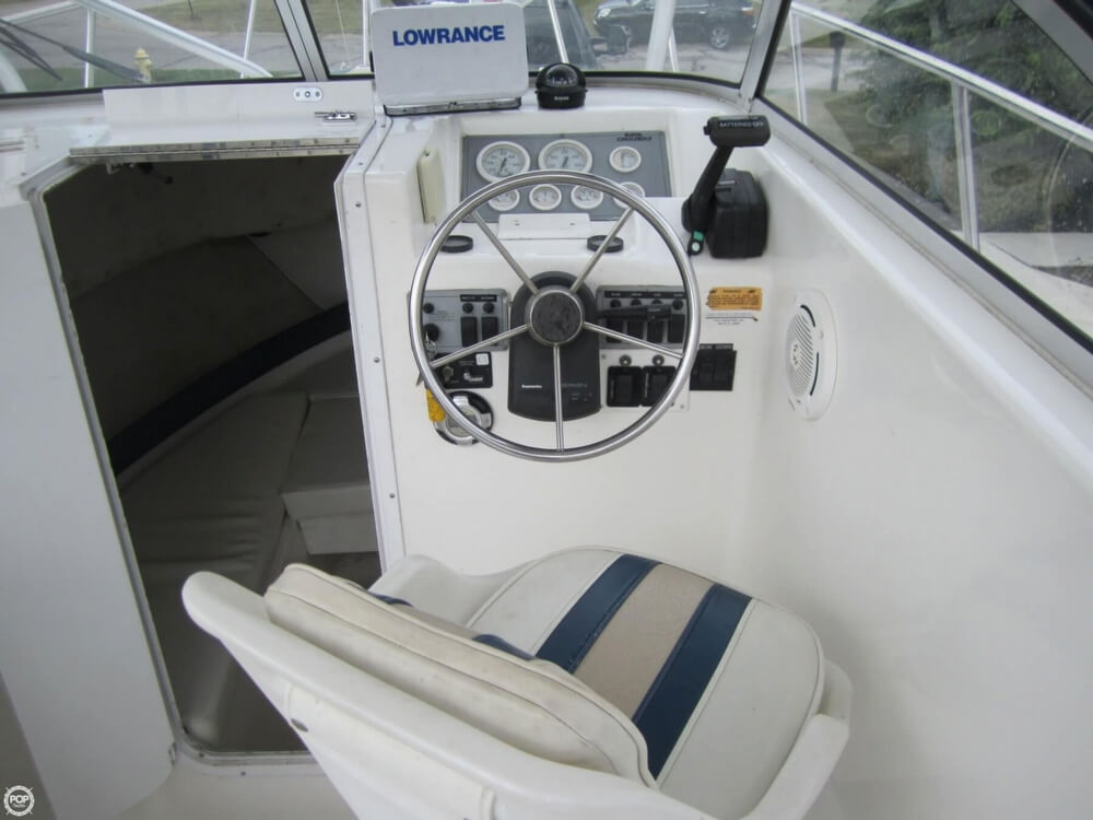 1999 Baha Cruisers boat for sale, model of the boat is 271 WAC & Image # 5 of 40