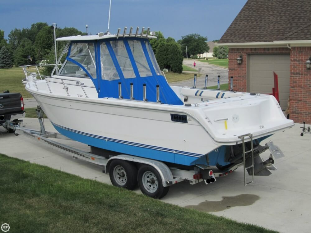 1999 Baha Cruisers boat for sale, model of the boat is 271 WAC & Image # 22 of 40