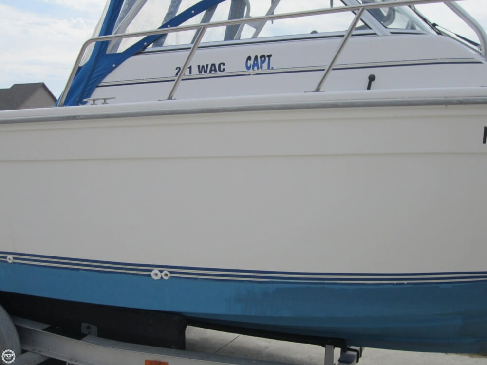 1999 Baha Cruisers boat for sale, model of the boat is 271 WAC & Image # 34 of 40