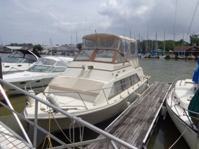 Carver 3396 Mariner, 33', for sale - $13,000