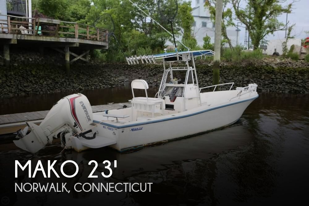 1995 MAKO 232 CENTER CONSOLE for sale