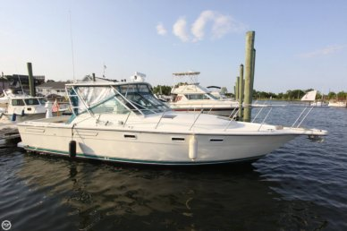 Pursuit 3100 Express Fisherman, 33', for sale - $39,500