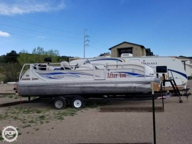 JC Tritoon 246, 24', for sale - $33,400