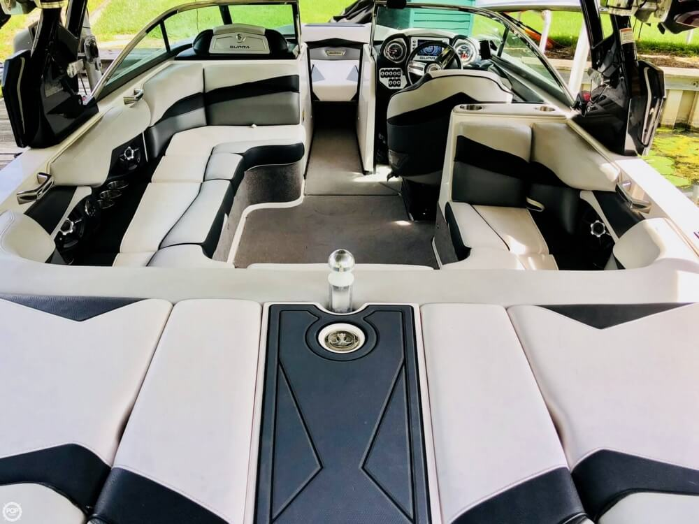 2013 Supra boat for sale, model of the boat is SA550 Worlds Edition & Image # 7 of 40