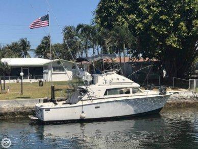 Bertram 33 Sport Fisherman, 33', for sale - $33,000