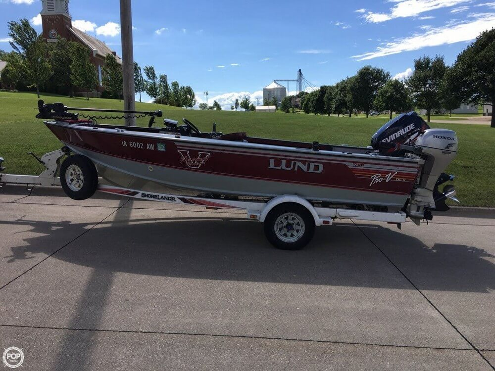 1990 Lund boat for sale, model of the boat is Pro V 1700 Deluxe & Image # 37 of 40