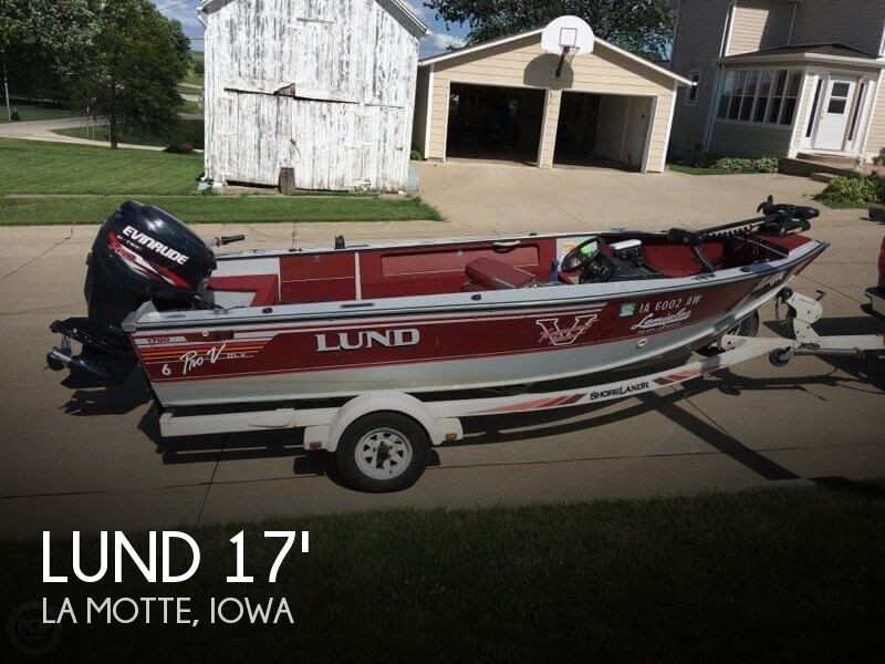 1990 Lund boat for sale, model of the boat is Pro V 1700 Deluxe & Image # 1 of 40