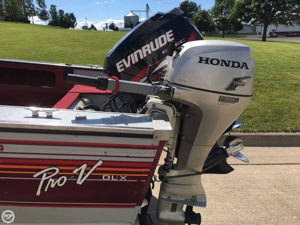 1990 Lund boat for sale, model of the boat is Pro V 1700 Deluxe & Image # 2 of 40