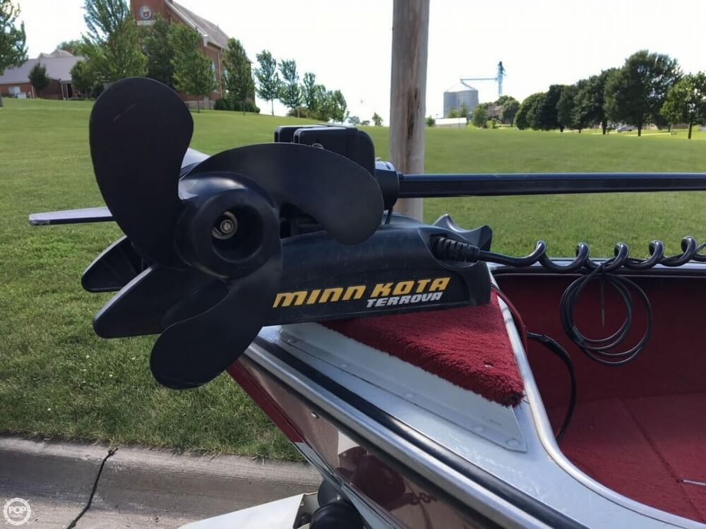1990 Lund boat for sale, model of the boat is Pro V 1700 Deluxe & Image # 3 of 40