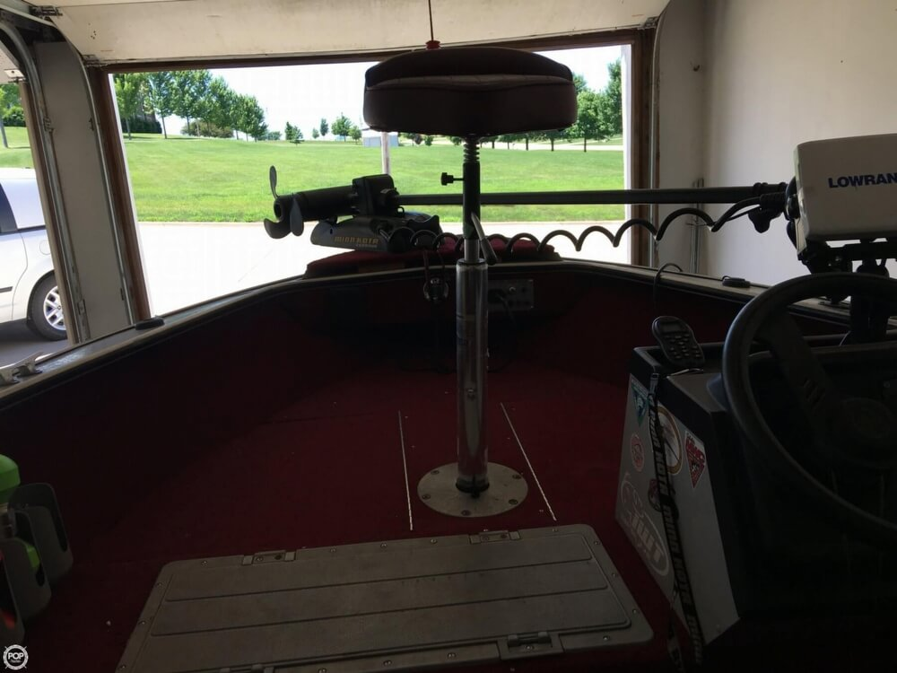 1990 Lund boat for sale, model of the boat is Pro V 1700 Deluxe & Image # 38 of 40