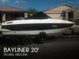 2015 Bayliner Overnighter 642 Cuddy Cabin