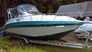 Celebrity 310, 30', for sale - $13,000