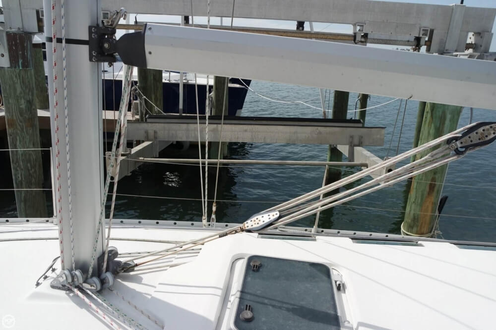1991 Beneteau boat for sale, model of the boat is First 35 S 5 & Image # 24 of 40