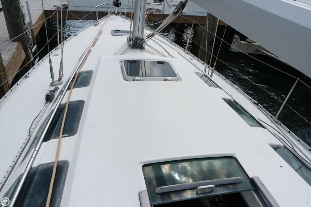 1991 Beneteau boat for sale, model of the boat is First 35 S 5 & Image # 26 of 40