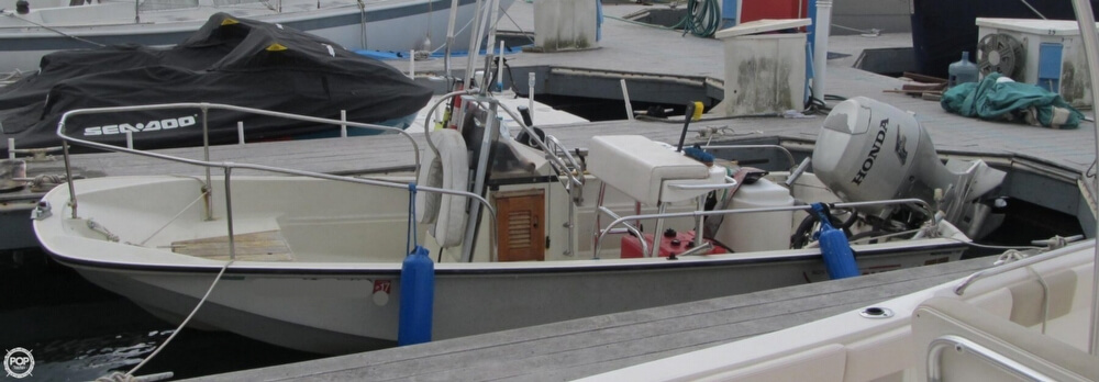 1986 Boston Whaler boat for sale, model of the boat is 17 Montauk & Image # 12 of 40