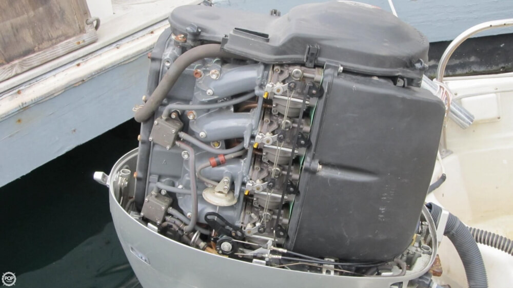 1986 Boston Whaler boat for sale, model of the boat is 17 Montauk & Image # 22 of 40