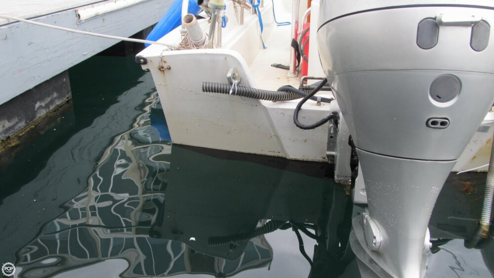 1986 Boston Whaler boat for sale, model of the boat is 17 Montauk & Image # 35 of 40