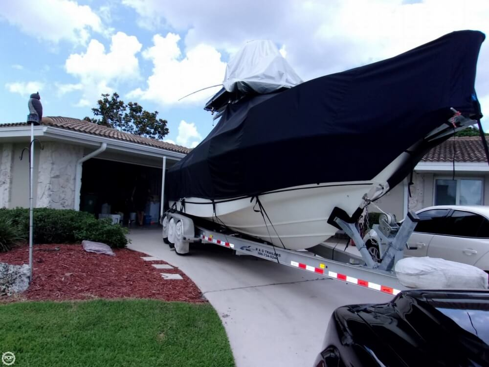 1999 26 foot Boston Whaler Outrage - image 24