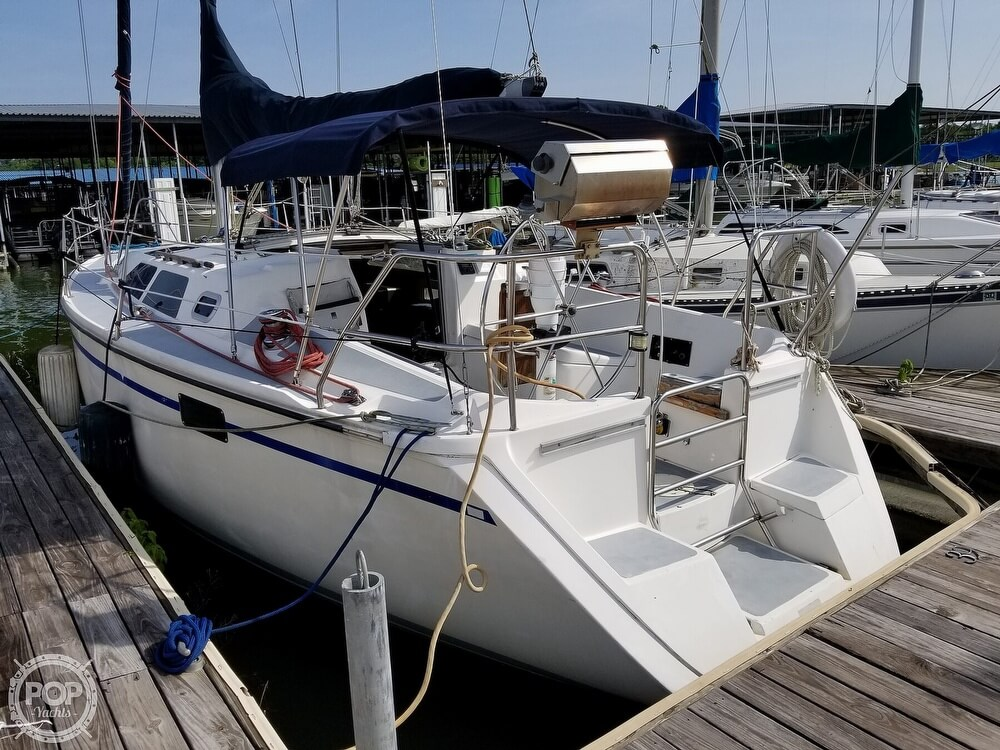 1989 Hunter boat for sale, model of the boat is 33.5 & Image # 7 of 40