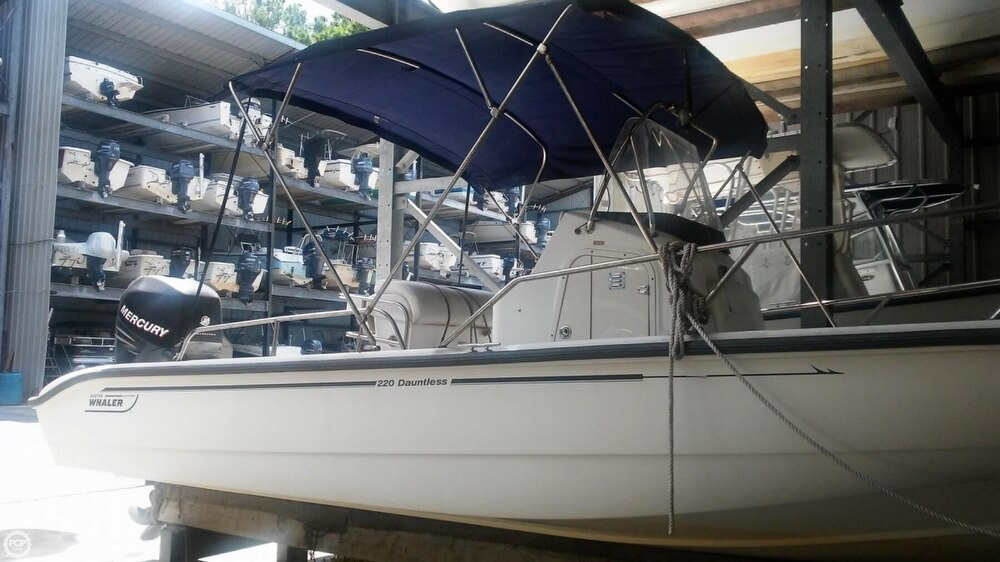 2006 Boston Whaler boat for sale, model of the boat is 220 Dauntless & Image # 4 of 40