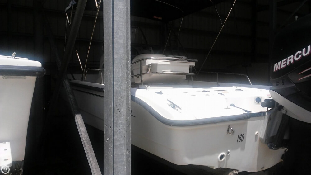 2006 Boston Whaler boat for sale, model of the boat is 220 Dauntless & Image # 17 of 40