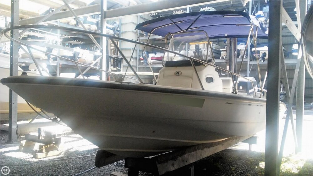 2006 Boston Whaler boat for sale, model of the boat is 220 Dauntless & Image # 18 of 40