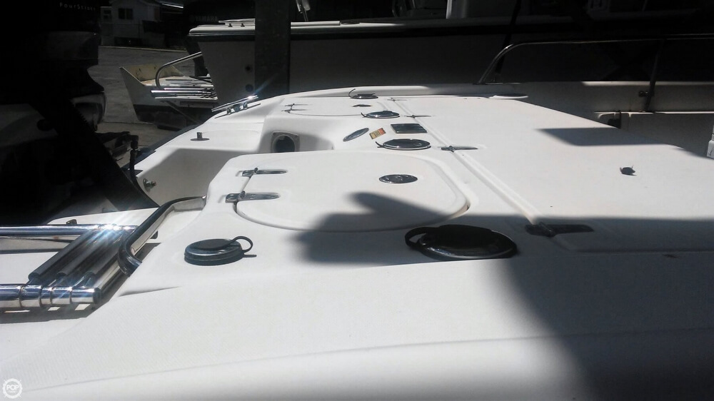 2006 Boston Whaler boat for sale, model of the boat is 220 Dauntless & Image # 27 of 40
